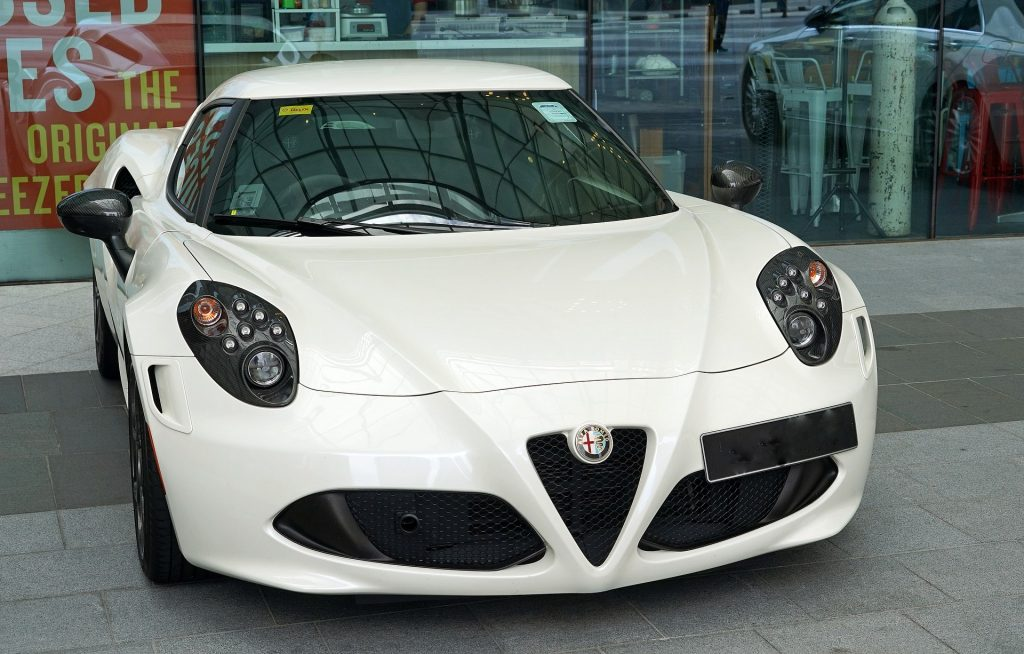 How Do Dealers Of Used Alfa Romeo In San Diego Help Their Customers Shop Perfectly?